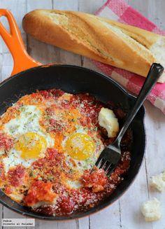 Huevos all' Arrabbiata Egg Recipes, Real Food Recipes, Yummy Food, Healthy Recipes, Healthy Food, All Arrabiata, A Food, Food And Drink, Tapas