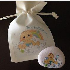 Bebek doğumları için hazırladığım taş boyama magnet örneği☺️