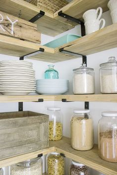 143910cb167 DIY Organized Walk In Modern Farmhouse Butler s Pantry Makeover With  Floating Shelves - Using Crate   Pallet and Home Depot Brackets