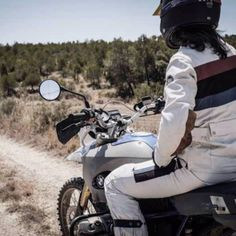 Designed especially for aggressive off-road riders, our jerseys have been tested in the toughest conditions. Each of our jerseys is constructed using High IQ® C Rally Raid, Range, Technology, Collection, Tech, Stove, Tecnologia, Engineering, Range Cooker