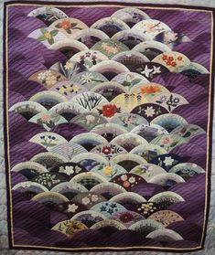 """""""Wonderful Small Flowers of Japan""""  by Fumiko Miura.  2014 Tokyo International Quilt Festival, photo by Julie Fukuda at My Quilt Diary"""
