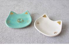 Katze-Ring-Teller mit Gold weiß