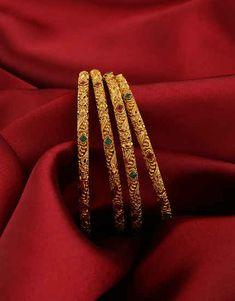 Anuradha Art Jewellery offers beautiful collection of traditional bangles in cla… Anuradha Art Jewellery offers beautiful collection of traditional bangles. Gold Chain Design, Gold Bangles Design, Gold Earrings Designs, Gold Jewellery Design, Designer Jewellery, Jewellery Box, Jewellery Shops, Plain Gold Bangles, Gold Bangles For Women
