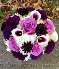 Staggering Wedding Bouquet Ideas. To see more: http://www.modwedding.com/2014/06/08/staggering-wedding-bouquet-ideas/ #wedding #weddings #bouquet Featured Floral Design: Guilford White House Florist
