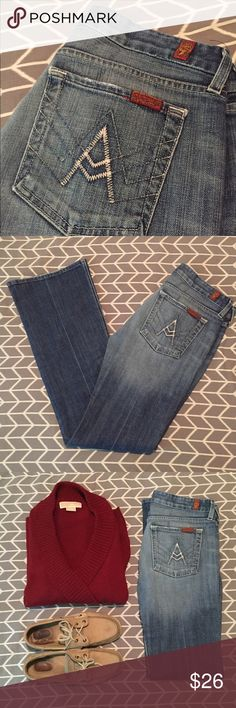 • 7 FOR ALL MANKIND • jeans Gently worn. Still in great condition! Size 27. Light wear on the bottoms shown in photos! 7 For All Mankind Jeans Boot Cut