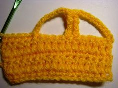 how to crochet a car appliqué - step #8