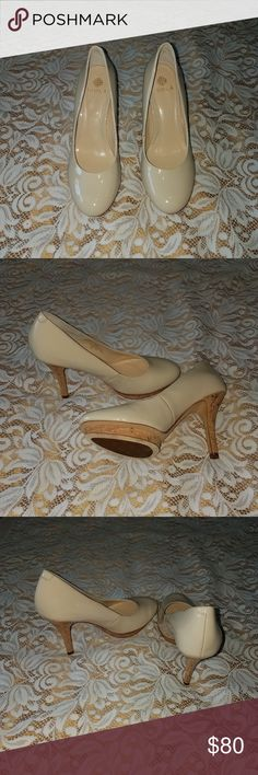 Isola Dachen Ivory Patent sz 6.5 Gorgeous nude heels!! Only worn once with no signs of wear! Comes with box and protective sleeves. Please ask any questions and check out my other listings! 😃 Isola Shoes Heels