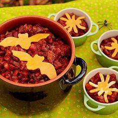 Creepy Chili (via Parents.com)  I need a cauldron to serve this in