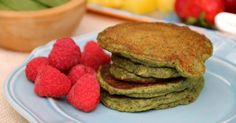 These spinach-filled healthy pancakes are delicious and full of added nutrition. Try these out for breakfast for a vitamin-packed start to your day. #breakfastideas #breakfastonthego #pancakes