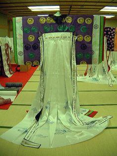 """replication of """"moegi nioi"""" kasane no irome kimono worn by Suetsumuhana in Tale of Genji.  by museum of kyoto in 2001.  http://www.bunpaku.or.jp/info_english.html"""