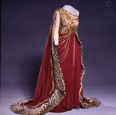 """Costume worn by Gwyneth Jones as Poppée in the 1978 Opéra National de Paris production of """"The Coronation of Poppea""""."""