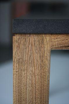 Tisch Esstisch Schreibtisch R10 Nussbaum Massivholz Valchromat black table walnut Benjamin Pistorius Berlin