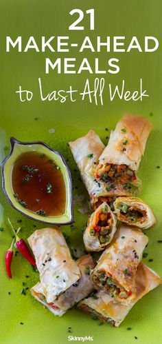 21 Make-Ahead Meals to Last All Week - easily planned meals make it convenient and fun for your family to enjoy healthy meals made with fresh, wholesome ingredients. #healthymeals #family #makeaheadmeals Quick Healthy Meals, Make Ahead Meals, Healthy Cooking, Healthy Dinner Recipes, Easy Meals, Healthy Eating, Cooking Recipes, Cheap Meals, Freezer Meals