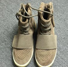 4dd9e58c5a8 YZY Boost 750 Khaki Kanye West Shoes Basketball Shoes Sneakers Cheap 750s  Boost Men Sports size 11.5
