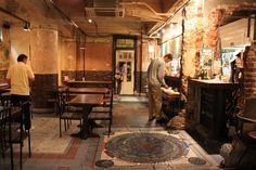 CAFE INDEPENDANT:外国人に人気地価カフェ・ライブ有