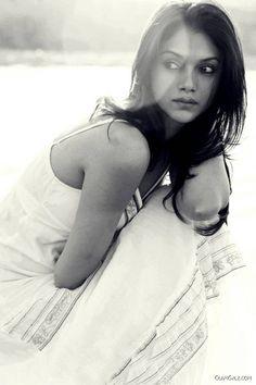 Beautiful Bollywood Actress Aditi Rao Hydari