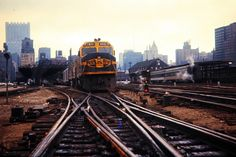 https://flic.kr/p/EFwsqD | ATSF, Chicago, Illinois, 1970 | Santa Fe Railway passenger train no. 1, the westbound San Francisco Chief, at Dearborn Station in Chicago, Illinois, in December 1970. Photograph by John F. Bjorklund, © 2015, Center for Railroad Photography and Art. Bjorklund-04-02-13