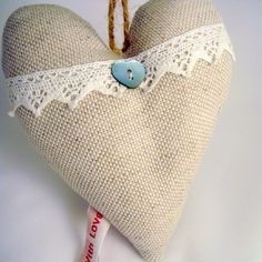 Linen and lace love heart £4.95