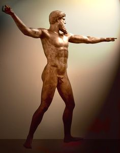 Artemision Bronze, thought to be either Poseidon or Zeus, c. 460 BCE, National Archaeological Museum, Athens. Found by fishermen off the coast of Cape Artemisium in 1928. The figure is more than 2 m in height.Netuno19b - Ancient Greek sculpture -