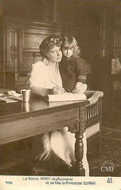 Queen Marie of Romania with Princess Ileana