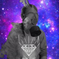 Me in the Blaze Galaxy oreo delta diamond Edit ZS Photography on facebook follow   #diamond #gasmask #me @alexwhite #galaxy