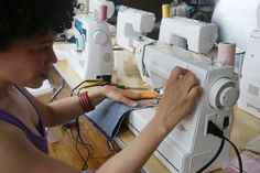 Our tester Marcy, of the sewing blog Oonaballoona, immediately took to the HD1000 because it felt similar to the vintage machines she likes using.