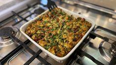 Velikonoční hlavička je fantastický a tradiční jednoduchý recept na nádivku, která je neodmyslitelnou součásti velikonočního menu. Bez nádivky to na Velikonoce v mnoha domácnostech prostě nejde. Hostem pořadu je tentokrát specialista na českou kuchyni Pepa Nemrava. Broccoli, Macaroni And Cheese, Beef, Vegetables, Ethnic Recipes, Food, Meat, Mac And Cheese, Essen