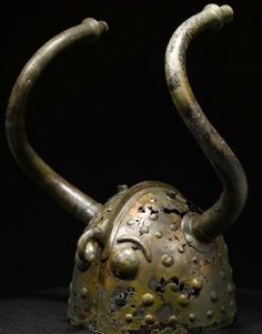 Extremely Rare Bronze Age Horned Helmet, Denmark, 900 BCThis is one of a pair of bronze horned helmets from the younger Bronze Age (c. 900-1100 BC) found in the Brøns Mose swamp just west of Veksø, Denmark during peat digging in 1942.European Bronze Age and Iron Age horned helmets are known from a number of depictions, but few actual finds.