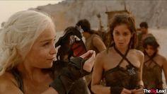 Daenerys Targaryen - Mother of dragons  Game of Thrones