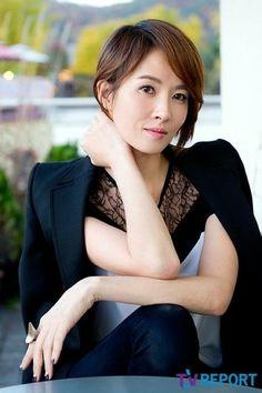 Kim Sun Ah #kimsunah #sunight 2014 Kim Sun Ah, Asian, Actresses, Celebrities, Female Actresses, Celebs, Foreign Celebrities, Famous People