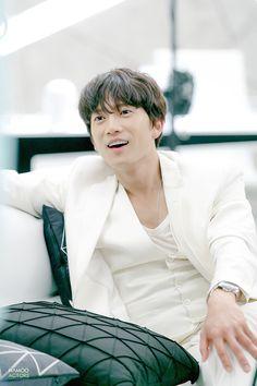 Star > 지성 > 2016 SBS <딴따라> Lee Bo Young, Asian Actors, Korean Actors, Seo Ji Hye, Handsome Asian Men, The Special One, Doctor Johns, Park Ji Sung, Korean Entertainment