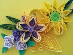 This is our Video Tutorial on paper quilling ♥ Due to many requests from many fans we present here Beehive Flower made out from paper quilling. Please give y...
