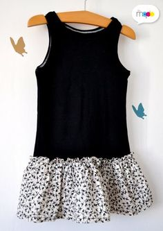 Marcel-skirt: a child dress easily recovered - grenouille Citadine - arabic styla Coin Couture, Baby Couture, Couture Sewing, Sewing For Kids, Baby Sewing, Fashion Sewing, Kids Fashion, Woman Fashion, Little Girl Dresses