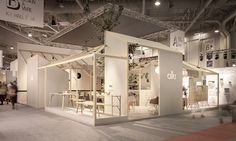 For the last Maison&Objet trade fair in Paris, the Iratzoki Lizaso Studio designed the stand for Alki along the lines of a meeting place, like a village square. Exhibition Stall, Exhibition Booth Design, Exhibition Display, Display Design, Store Design, Central Table, Cafe Interior, Home Decor Furniture, Retail Design