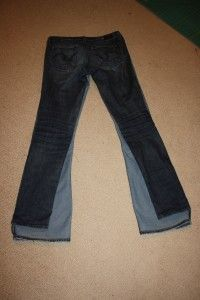 """Turn old """"flared"""" jeans into skinnies.- good for my too short jeans Sewing Tutorials, Sewing Hacks, Sewing Crafts, Diy Crafts, Sewing Projects, Sewing Patterns, Diy Clothing, Sewing Clothes, Designer Clothing"""