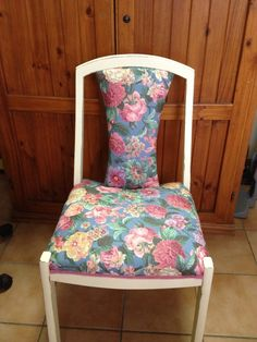 Chair floral
