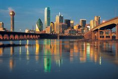 Dallas, TX : Downtown Dallas I love the Dallas Skyline and the best shots are always taken from Oak Cliff! Dallas Skyline, The Places Youll Go, Places To See, Dallas, Plano Texas, Texas Pride, Allen Texas, City People, Places