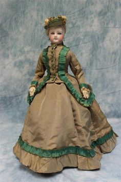 "17"" Lovely Antique Jumeau French Fashion Doll Antique Gown,Shoes & Under Set 