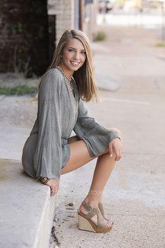 Senior portrait ideas, senior girl, posing ideas for senior portraits  dallas texas | Cindy  Swanson Photography