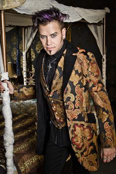 VICTORIAN DINNER JACKET - VIENNA BROCADE FABRIC