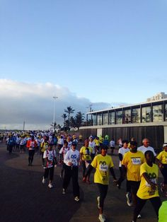 Wow! Here they come! 20km walkers on their way! #BigWalkDurban @ecr9495