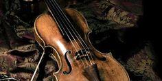 En frasco pequeño.: Sur: Latitud 13. Ángel Satiesteban. Sur: Latitud 13, un cuento sobre música en la guerra, de Ángel Santiesteban. #ÁngelSantiesteban #Cuento #Cuba #Guerra #Violín #Música #Soldados