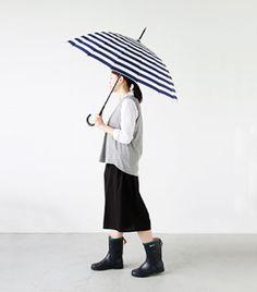 キーワードはさり気なく雨の日も晴天みたいにお洒落を楽しむオススメアイテム