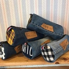 I really like Jeans ! And even more I want to sew my own personal Jeans. Next Jeans Sew Along I am going to re Jean Crafts, Denim Crafts, Artisanats Denim, Denim Purse, Mochila Jeans, Jean Diy, Next Jeans, Denim Ideas, Old Jeans