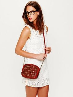 Cute dress, but I LOVE the bag.