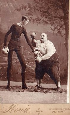 History Discover Vintage Freak Show Photos Are Pretty Much The Creepiest . Vintage Pictures Old Pictures Freak Show Circus Old Circus Circo Vintage Sideshow Freaks Human Oddities Creepy Vintage Creepy Photos