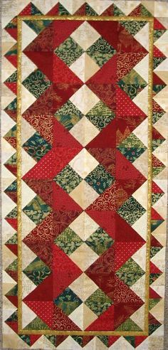 HST quilt table runner would make a nice bed runner too, dependent on size! Table Runner And Placemats, Table Runner Pattern, Quilted Table Runners, Small Quilts, Mini Quilts, Lap Quilts, Quilting Projects, Quilting Designs, Quilting Ideas