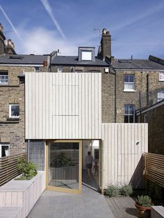 Hayhurst and Co. adds beach house-inspired extension to London residence finished in Natural Oil Woodstain