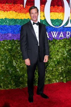 Tony Awards 2019 Red Carpet Live: All the Celebrity Dresses and Fashion Celebrity Red Carpet, Celebrity Look, Celebrity Dresses, Michael Silva, The Cher Show, Laura Donnelly, Valentino Gowns, Rachel Brosnahan, Radio City Music Hall