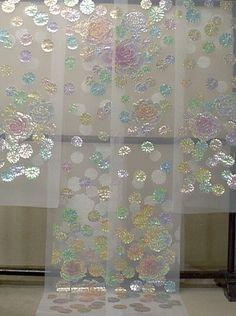 The Beauty of Japanese Embroidery - Embroidery Patterns Sashiko Embroidery, Shirt Embroidery, Japanese Embroidery, Embroidery Designs, Japanese Outfits, Japanese Fashion, Kimono Chino, Oriental Dress, Wedding Kimono